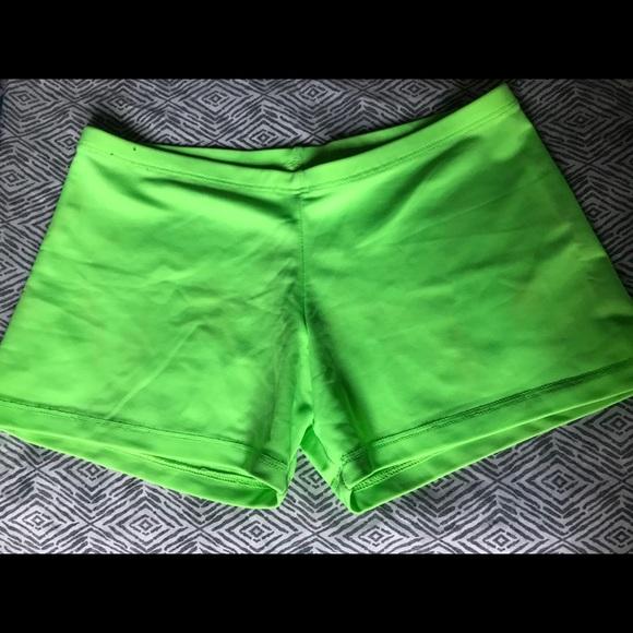 Natalie Dancewear Pants - Neon Green Shorts 💚